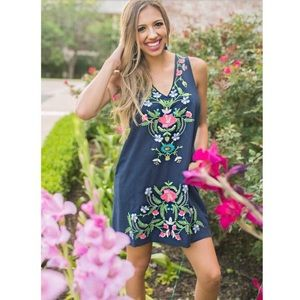 Umgee Navy Embroidered Floral Dress Medium NWT